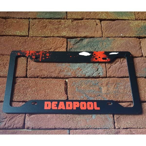 Deadpool Blood Badass Marvel Comics Weapon X Printed Aluminum Composite Car License Plate Frame