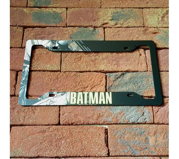 Batman v2 Logo Sign Wayne Gotham Printed Aluminum Composite Car License Plate Frame